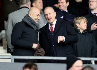 Chief Executive of Arsenal Ivan Gazidis speaks with Chairman of Southampton Ralph Krueger during the Premier League match between Southampton and Arsenal at St Mary's Stadium