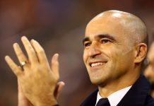 Roberto Martinez, Manager of Belgium acknowledges the fans prior to the UEFA Nations League A group two match between Belgium and Iceland
