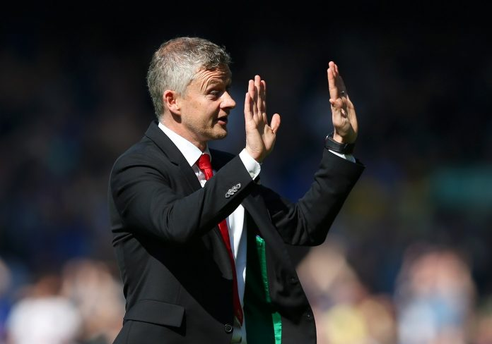 Ole Gunnar Solskjaer, Manager of Manchester United acknowledges the travelling fans as he apologises after the Premier League match against Everton